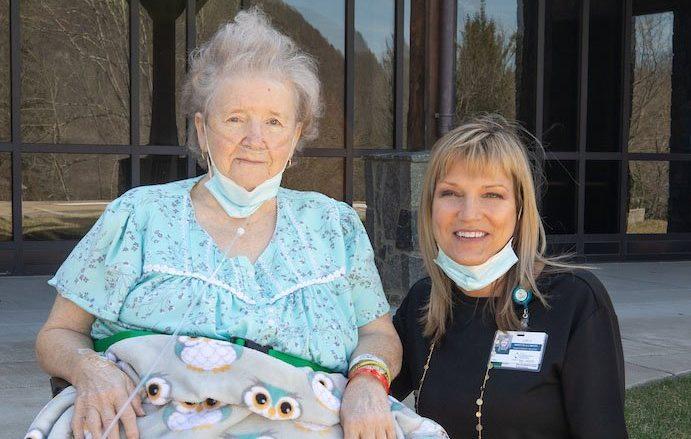 Pearl Buzzard and Lori Hicks